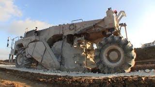 Wirtgen WR 2400 Soil Stabilizer Working