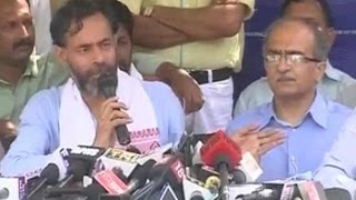 Kejriwal dictatorial, AAP is lost, say Yogendra Yadav and Prashant Bhushan