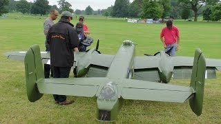 Repeat youtube video GIANT 1/3 SCALE  RC B-25 MITCHELL 2 X 400 cc MOKI 5 CYL - WESTON PARK 2014 - LEGENDARY FIGHTERS # 2