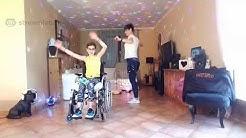 Zumba pour tous, accessible aux personnes en situation de handicap, avec Carine coach UCPA
