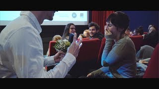 Heiratsantrag im Kino / Proposal of marriage in cinema