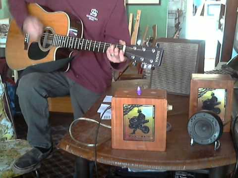 Reviewing CB Gitty 2.5 watt Guitar Amp Kit Amp in Cigar Box