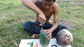 Amazing Fishing Catch Catfish by Watermelon & Coconut Fruit Fish Trap That Work 100%