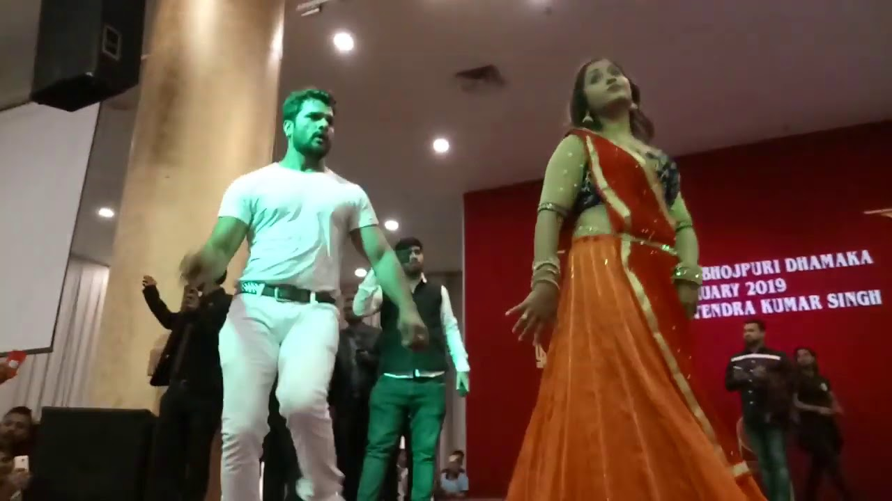 Khesari Lal Yadav stage show or Kajal raghwani stage show video achi lagi to subscribe kare