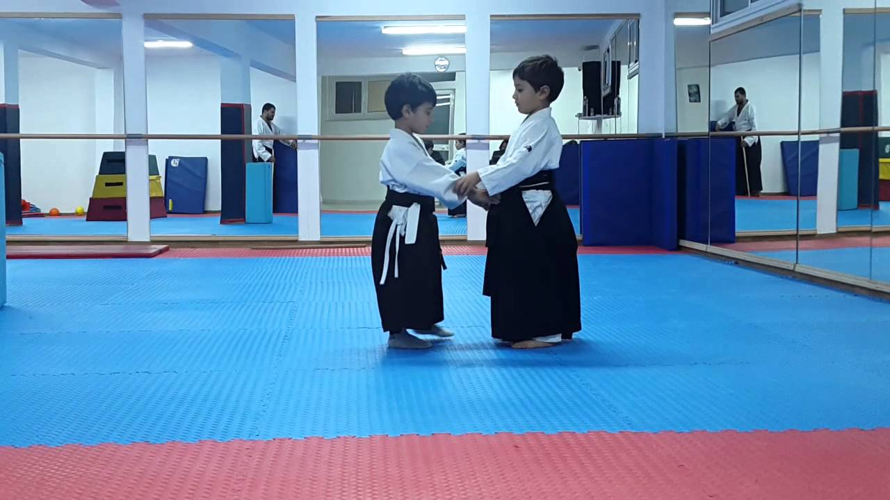 5e0dba0cf326 Programme ceinture jaune orange aïkido kids - YouTube