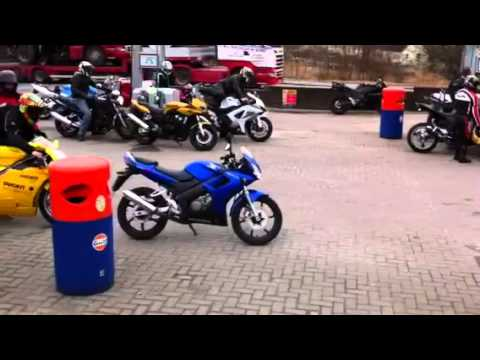 Motor bikes at the Green Welly