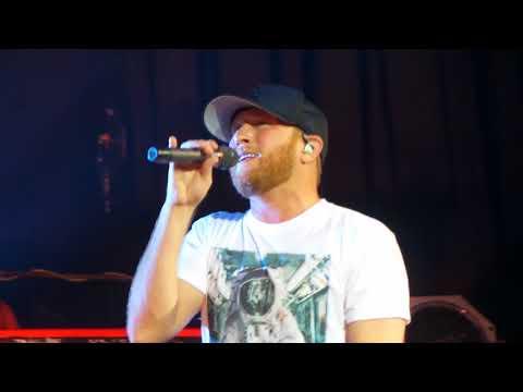 Cole Swindell ~ Let Me See Ya Girl ~ Joe's Live ~ Rosemont, IL ~ 08/19/2018