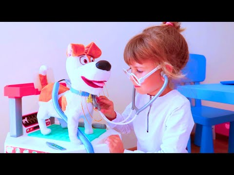 видео: Клиника для животных Ариша играет в больницу Animal toy clinic