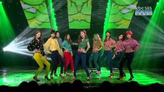 Girls' Generation - Dancing Queen - Live