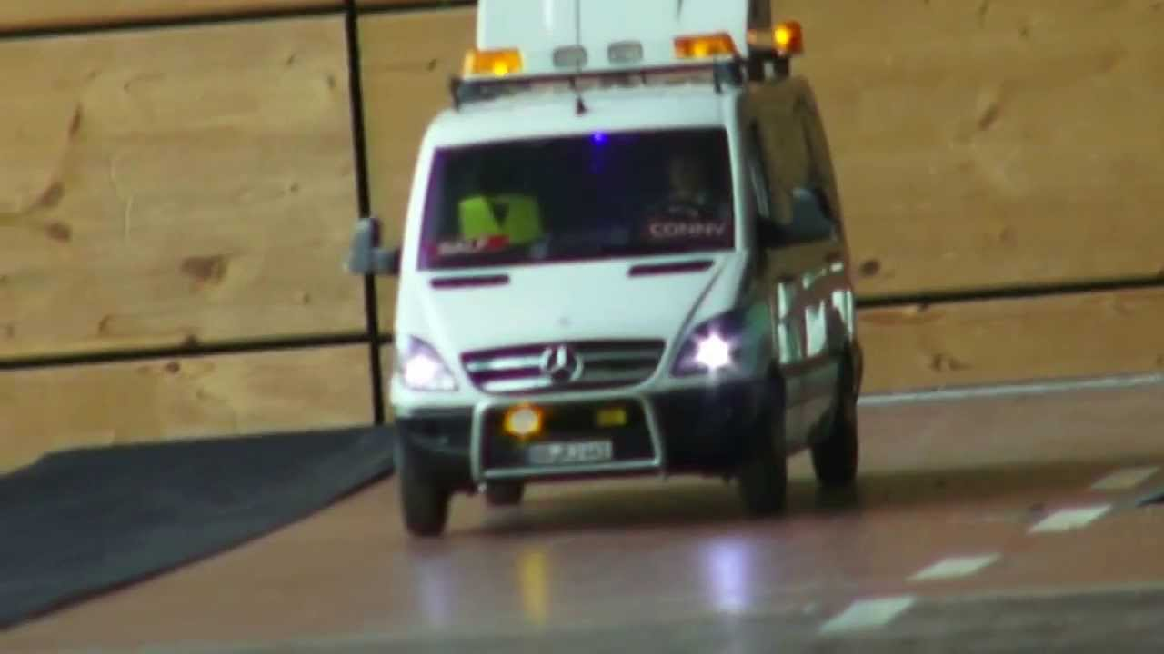 Mercedes Benz Sprinter >> RC BRUDER MERCEDES SPRINTER SCHWERTRANSPORT BEGLEITER ...