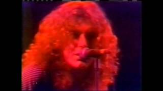 Watch Led Zeppelin Black Country Woman video