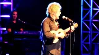 Blue Red And Grey - Roger Daltrey - Tommy Tour 2012 - Roger forgets the words