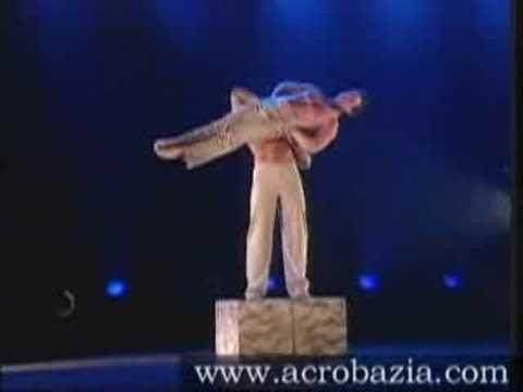 Acrobazia, circus act