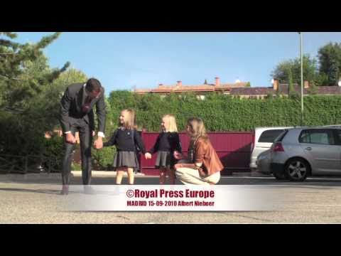 100915 Princess Sofia of Spain first schoolday