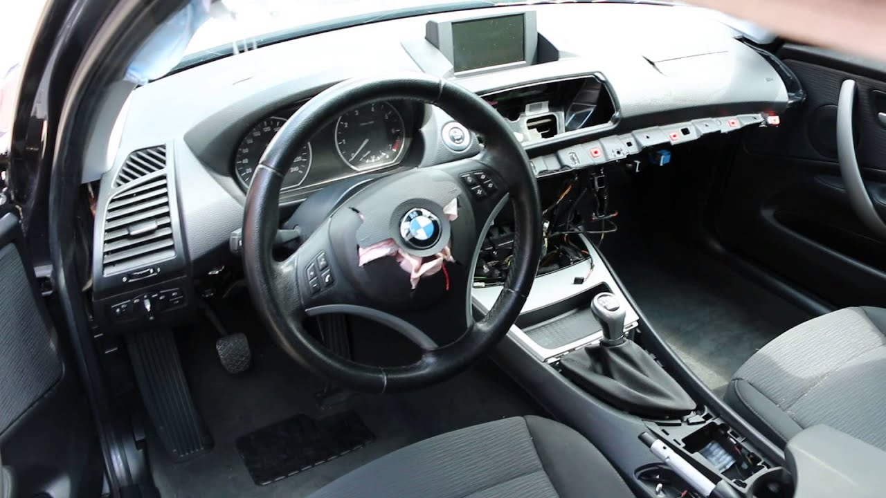 bmw 116i 2008 n43b16 sparkling graphite metallic youtube. Black Bedroom Furniture Sets. Home Design Ideas