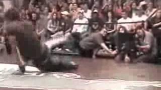 PASS PASS ft SNOOP DOGG 2012 junior breakdance.