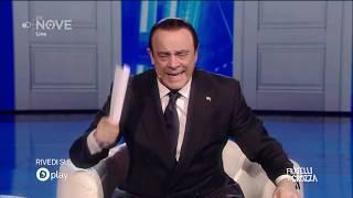 Crozza Berlusconi, il campione universale del pisolino