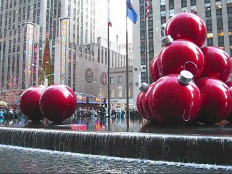 BIG RED CHRISTMAS BALLS NEW YORK CITY