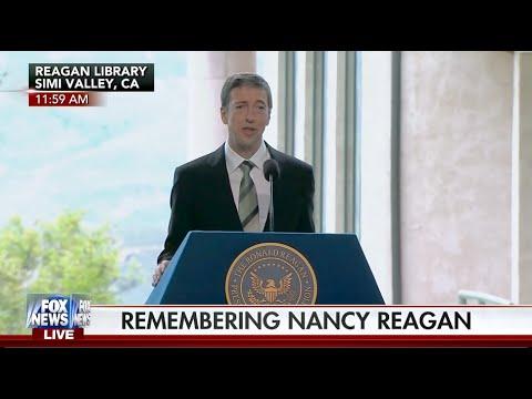 Ronald Reagan jr Homosexuell