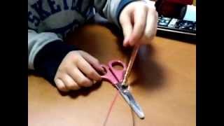 ホームセンターで道具を買ってきて電磁石を作ってみました。 スイッチも...
