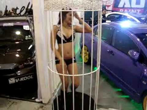 Hot Import Nights: Manila Cage Dance