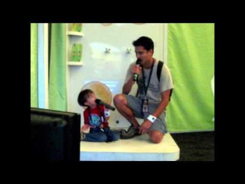 2009 karaoke with son @ outside lands festival SF pearl jam