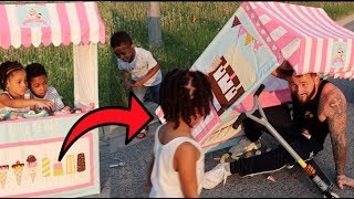 Drive Thru Ice Cream Stand CRASH! FamousTubeKIDS