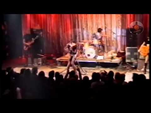DJGlezz - Surfin' Bird (Lyrics) by The Trashmen