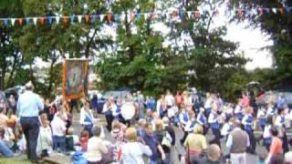 12 juillet 2007 ENNISKILLEN -6 Girls Accordion band