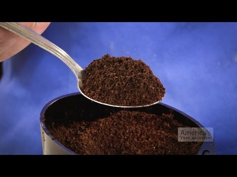 The Best Way to Grind Your Beans for the Perfect Pot of Coffee