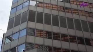 銅鑼灣崇光有的士剷上行人路 旭日新聞報道 11月12日