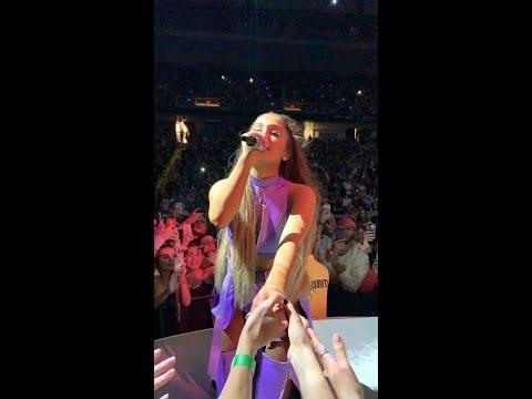 Ariana Grande - Sweetener Tour - Last 37 Minutes Full - Albany