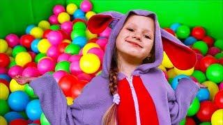 Peekaboo Baby Song   Baby Dancing Peekaboo   Olivia Kids Tube