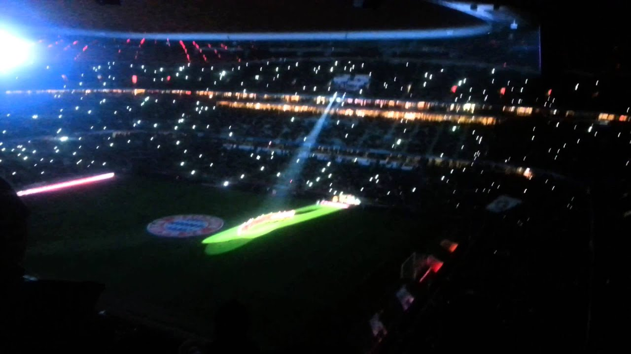 Fc Bayern Wünscht Frohe Weihnachten.Fc Bayern Wünscht Frohe Weihnachten 2013