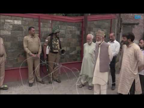 Geelani detained as police foil his proposed march towards martyrs graveyard in Srinagar