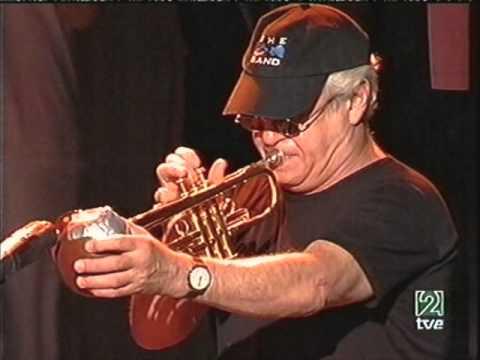 Blues Brothers Band - San Javier 2004: Minnie The Moocher