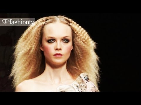 Models - Siri Tollerod & Alla Kostromicheva: Top Models at Spring 2012 Fashion Week | FashionTV