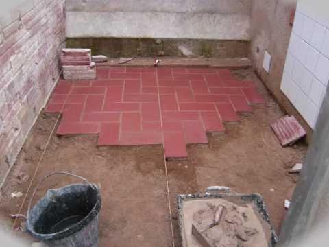 Construcci n pavimento con rasilla colocada a la espiga for Suelos laminados en forma de espiga