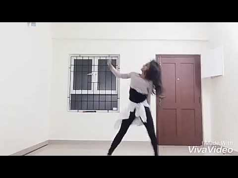 AWESOME DANCE ON CHOOSA CHOOSA SONG BY COLLEGE STUDENT