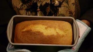 Irish Cream Pound Cake Recipe : Pound Cakes