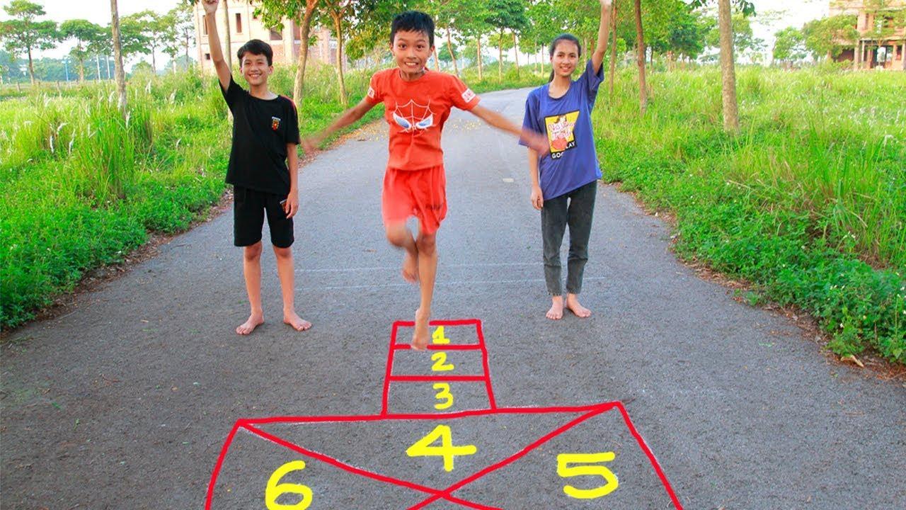 anak anak memainkan permainan tradisional hopscotch mainan lagu anak anak youtube