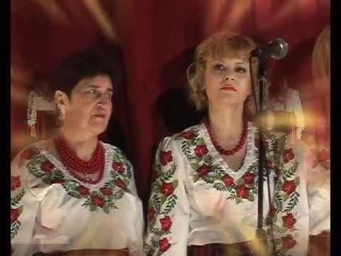 """На Тарасовій горі .Співає ансамбль """"Берегиня"""""""