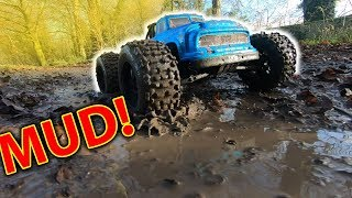 Is this the best vid I ever made? Arrma Notorious VS Traxxas X-Maxx Assault! + NEW LIPOS TEST