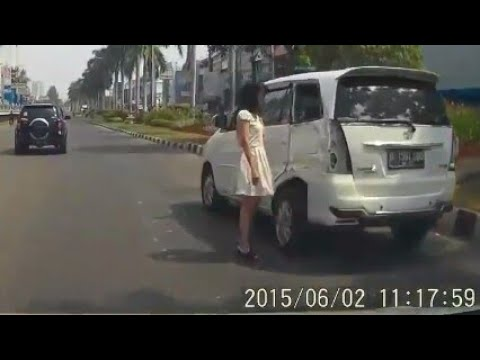 Bad Driving Indonesian Compilation #25 Dash Cam Owners Indonesia