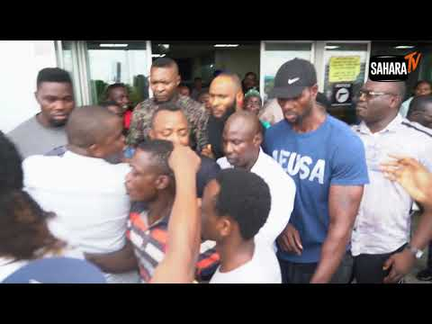 Passionate Crowd Welcomes Sowore Back To Nigeria
