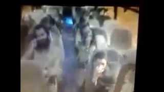 Download Video فلسطيني يطعن عدد من المستوطنين في حافلة بالقرب من بيت لحم MP3 3GP MP4