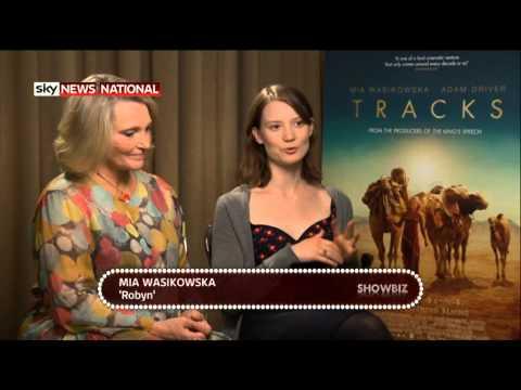 Mia Wasikowska and Robyn Davidson talk 'TRACKS' with SHOWBIZ