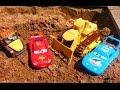 Тачки Маквин и Яма Мультик про машинки для детей Cars McQueen