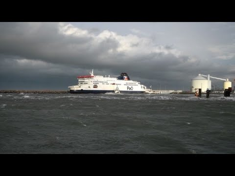 Ferry runs aground at France's Calais port