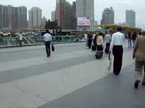 Shenzhen Station Square - 深zhen駅前広場(中国広東省)